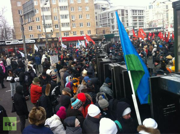 Russia – 36,000 Opposition Rally – 135,000 Pro Rally: Peaceful and calm…