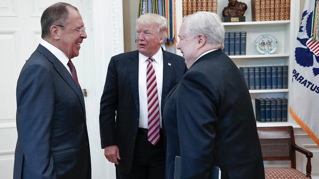 Putin offers record of Trump-Lavrov meeting